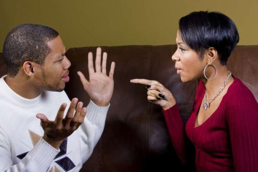 6 Phrases Which Can't Be Spoken to the Woman